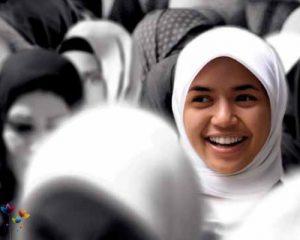being-happy_islam_mj20101