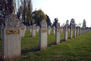 muslim_cemetery_france